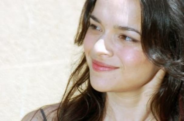Don't miss Norah Jones, strictly limited run